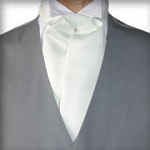 TRADITIONAL IVORY ASCOT TIE - PRE TIED