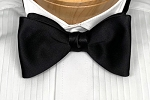 IKE BEHAR BLACK ELITE SATIN BOW TIE